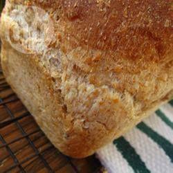 Медовый хлеб с отрубями и кунжутными семечками @ allrecipes.ru
