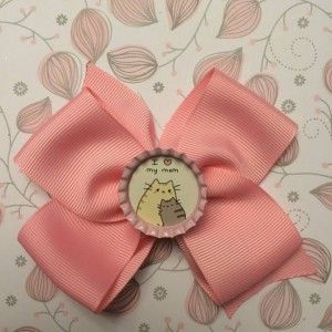 """I Love My Mom"" classic bottle cap bow.  This style is perfect for the cat lover in your life!  Customizable to any colour and size.   www.littleheartz.com  #littleheartz #hairbows #cats"