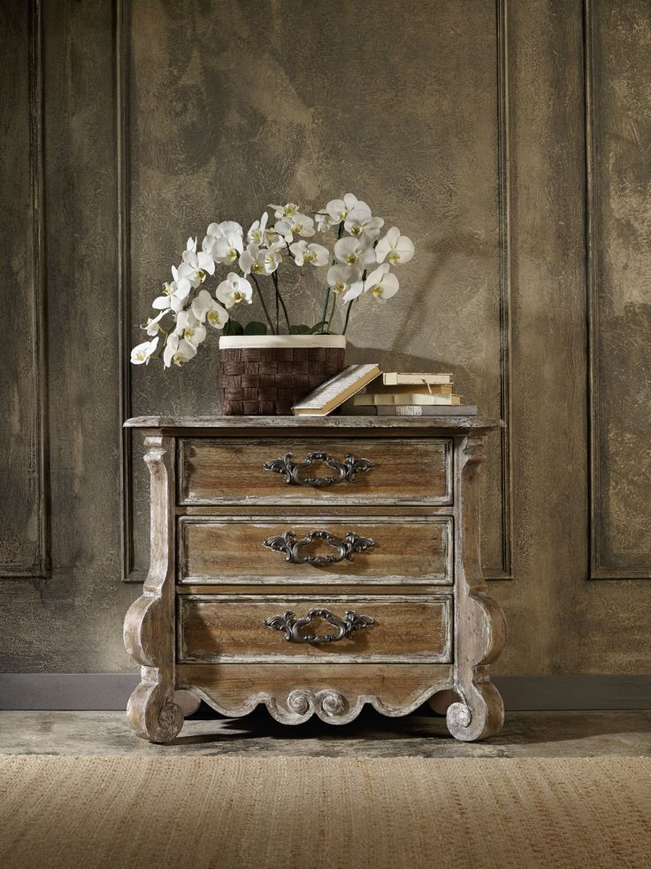 hooker furniture bedroom chatelet nightstand - Hooker Furniture Outlet