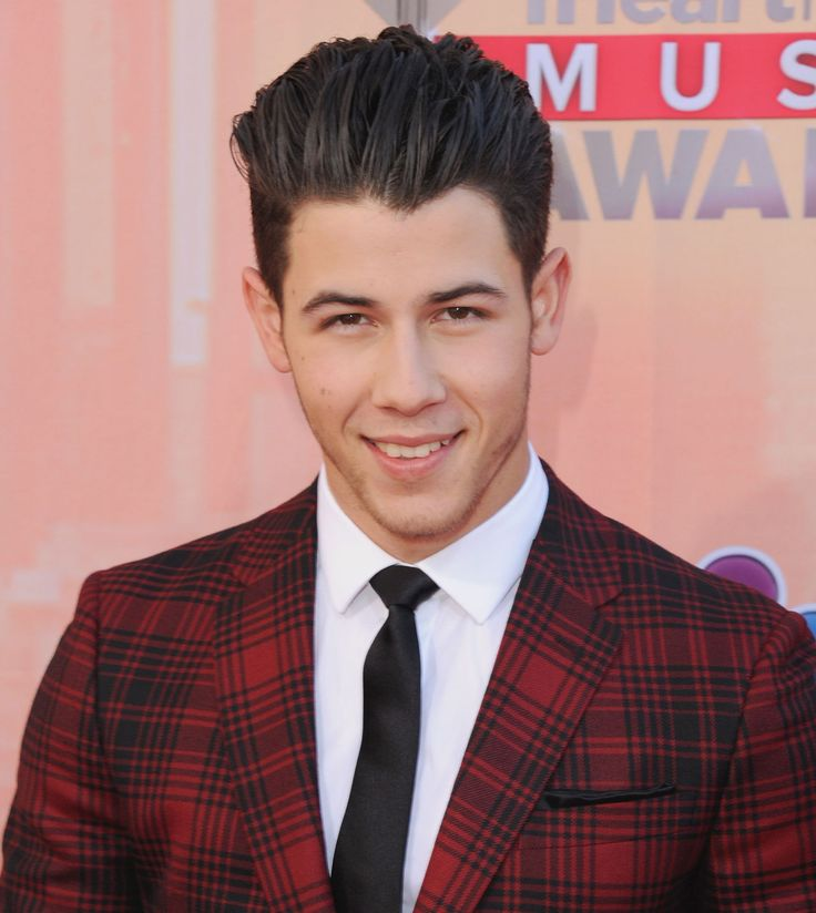 The CrAzY Thing You Never Noticed About Nick Jonas' Teeth