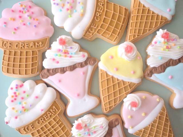 Ice cream cookies by micarina スイーツモチーフ アイシングクッキー : 「かわいいお菓子 micarina 」atelier diary