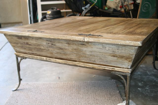 annie sloan tutorial :: Restoration Hardware wood finish on an old coffee table Kimberly