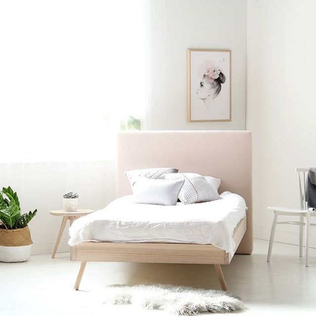 Our NEW Astrid Bed in a King Single Size for one of lovely customers. We love the softness of the blush bed head and the rounded timber legs. If you are not into blush, contact us as we have a choice of fabrics available 😊☝️Our Astrid bed is available for viewing at our Elsternwick store, pop in and say hi today between 10am and 4pm! 🌺
