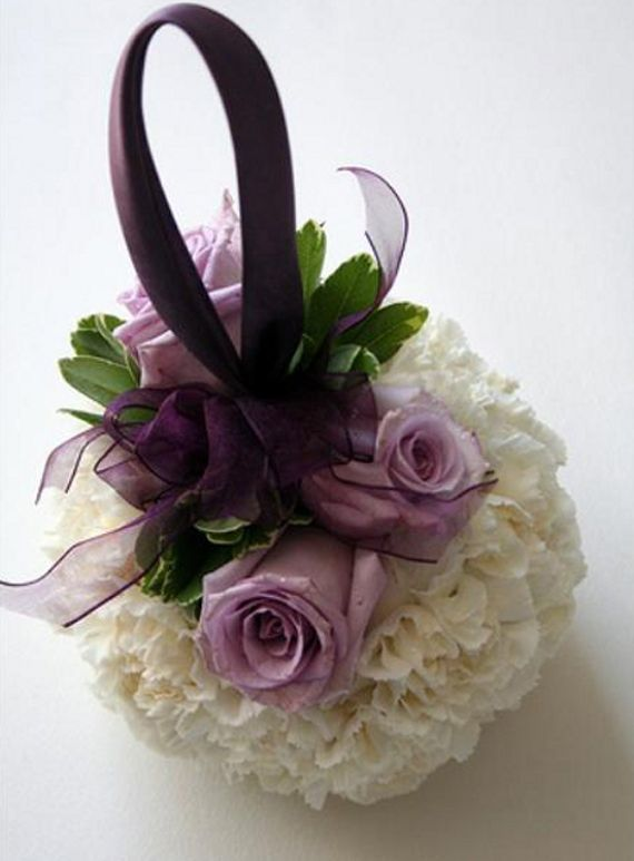 Sweet and simple! Add roses to a #pomander for flower girl.