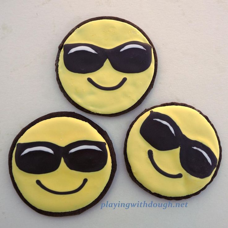 """Playing With Dough Cookies (@playingwithdough) on Instagram: """"These happy guys are enjoying the SUN! 😎🌞Emoji cookies San Jose"""