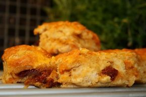 Brytbröd med soltorkade tomater - Jennys Matblogg