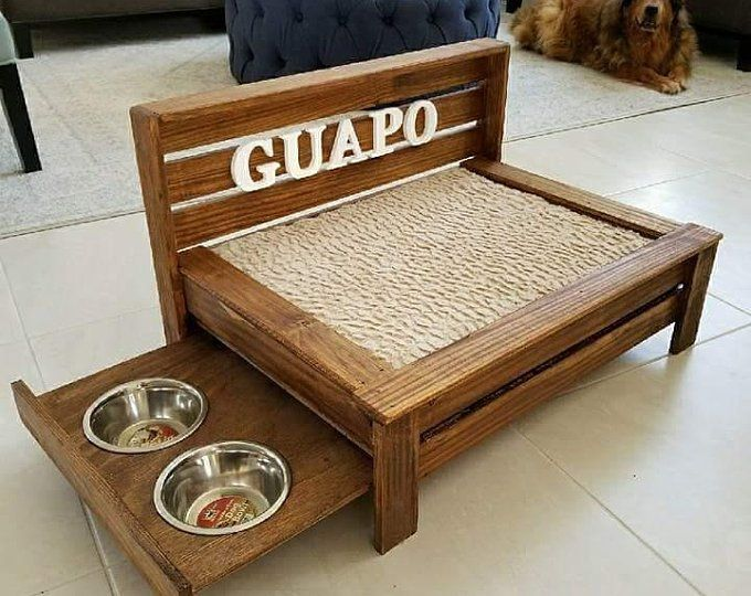 Wood Dog Beds And Feeding Stations Par Pawprintwoodworksco Sur