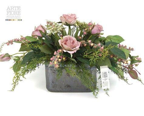 Composizione floreale fiori artificiali in tessuto: Rose e Achillea