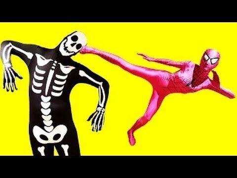 Девушка - паук против Человека - Скелета  ✪ Битва Супергероев  в реально...