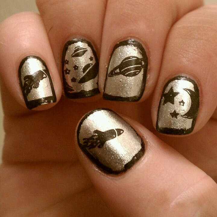 17 best images about outer space theme d on pinterest for Outer space nail design