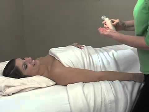 How to Give an It Works Skinny Massage I have been adding the Skinny Massage into my massage practice and have been seeing awesome results! Check out my website: http://naturalbalancebodywork.myitworks.com or my facebook page at: https://www.facebook.com/NaturalBalanceBodyworkTherapy for more information!