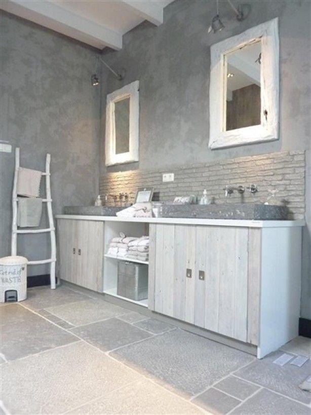 Steigerhout in de badkamer