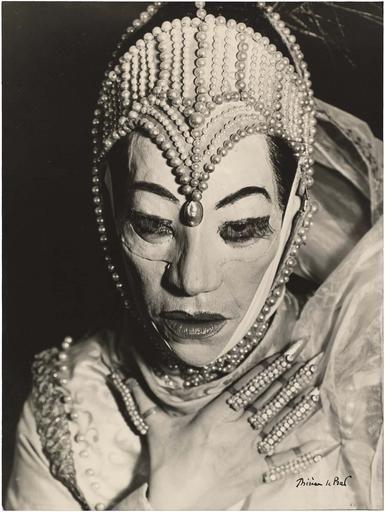 Helene Weigel by Therese Le Pratt, 1954