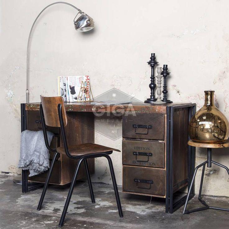25 beste idee n over industrieel bureau op pinterest jongens bureau ambachtelijke tafels en - Bed bebe scandinavische ...
