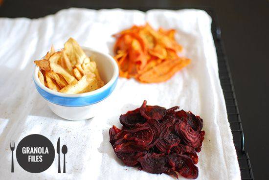 baked veggie chips recipe | granola files on inspired to share