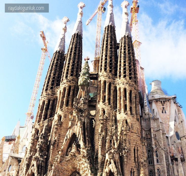Gaudi ve Barcelona