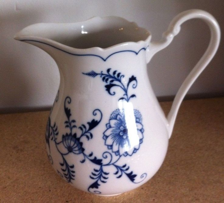 Czechoslovakia Zwiebelmuster Blue Onion Pattern Pitcher Blue China Dinnerware And Dinnerware