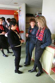 Le kit du professeur principal de collège: Quelles sont mes nouvelles missions en orientation ? Quelles sont les procédures à respecter ? Quels sont les choix à faire pour les collégiens, en 4eme, en 3eme ? Qu'est-ce que le PDMF, le webclasseur orientation, l'entretien personnalisé d'orientation, la séquence d'observation en milieu professionnel ? (France)