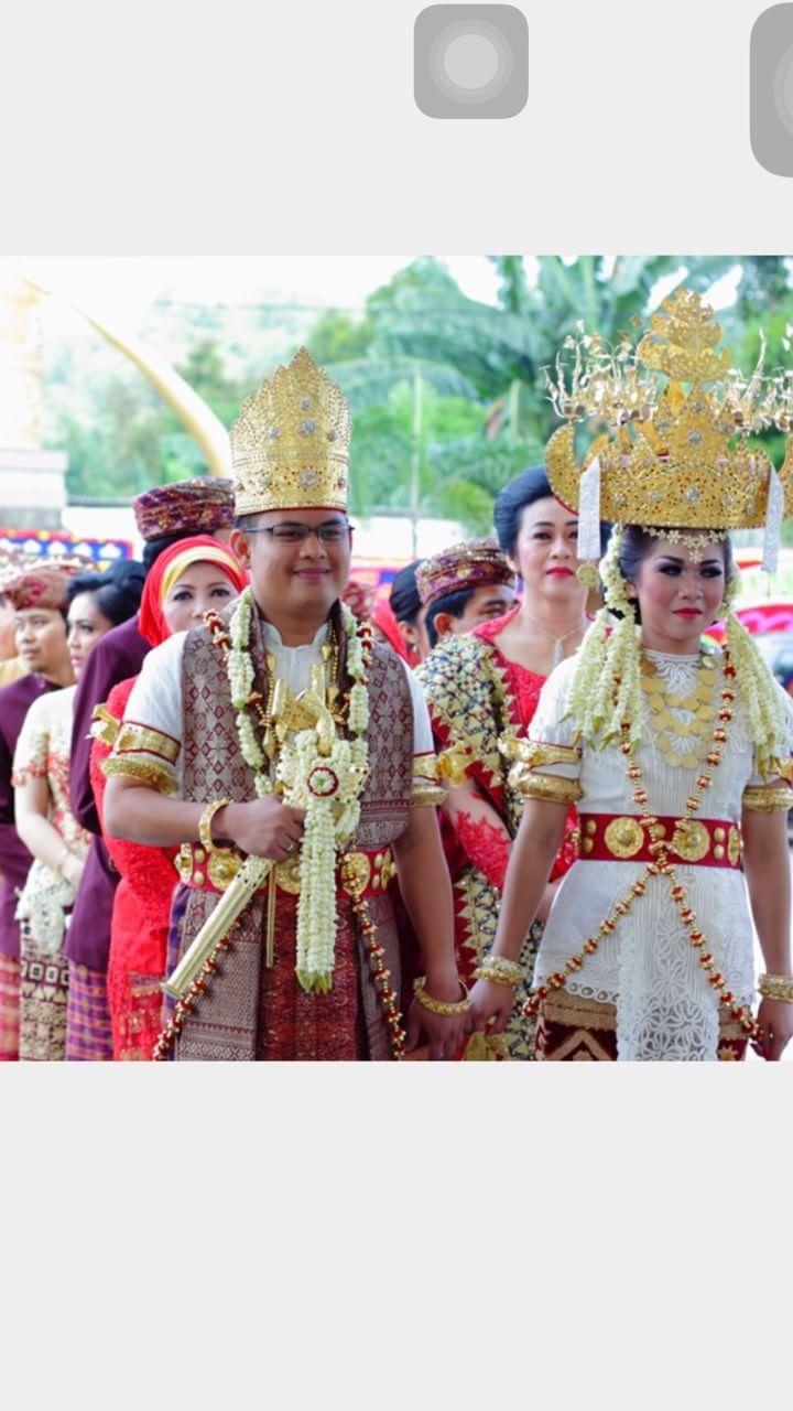 Pakaian Adat Lampung Pepadun Gadis Adiliu Boutique