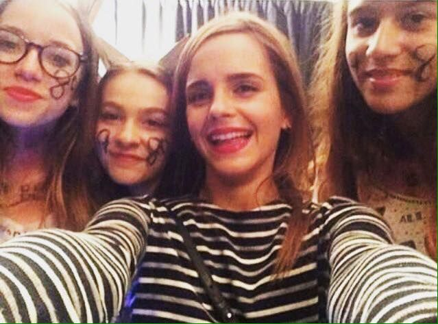 Emma Watson Joins Taylor Swift at '1989' Show in London! Emma Watson hangs out backstage with Taylor Swift after the latest show on The 1989 World Tour on Saturday (June 27) in London, England