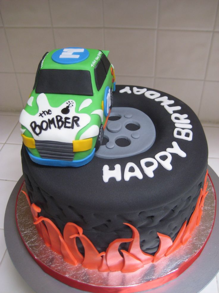 The 25 best Mechanic cake ideas on Pinterest Sculpted cakes