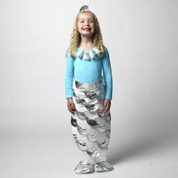 Homemade mermaid costume using silver cupcake liners and a trash bag!  Perfect for Sarah!