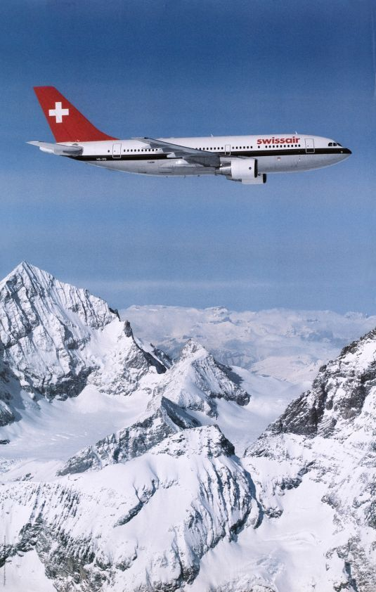 "Swissair Airbus A310-221 HB-IPD ""Solothurn"" in flight over the Alps, circa 1988. (Image: Hans RAUSSER)"