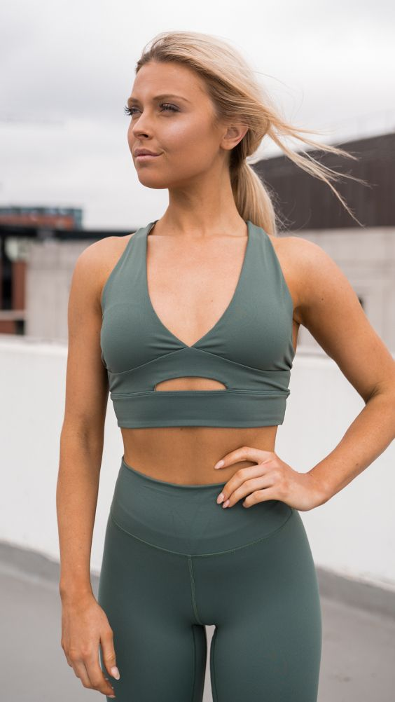 7d0d332fe1 Yoga Pants · Fitspo · Abs · The Divine Sports Bra give you everything you  want from a perfect workout bra. Crafted