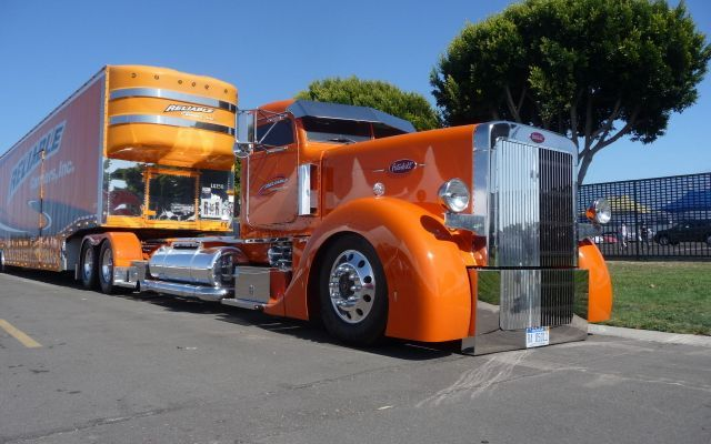 peterbilt big rig truck reliable