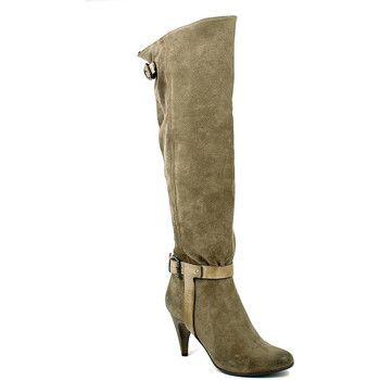 Sconti fino al 60% su Spartoo - Dai inizio alla stagione dei saldi! http://www.prezzolandia.it/prezzi-scarpe-donna.php?cerca=Stivali+tacco+alto