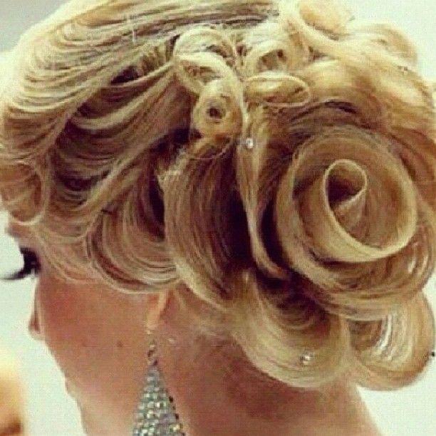 Elegant Rosebud Updo Hair Amp Makeup Pinterest Updo