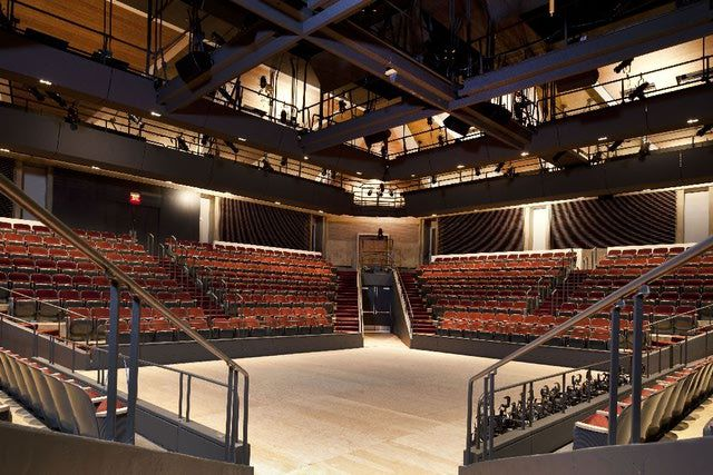 See Photos of Washington's Arena Stage: Fichandler Stage