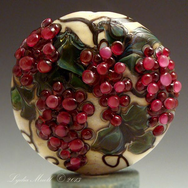 lampwork bead by lydia muell