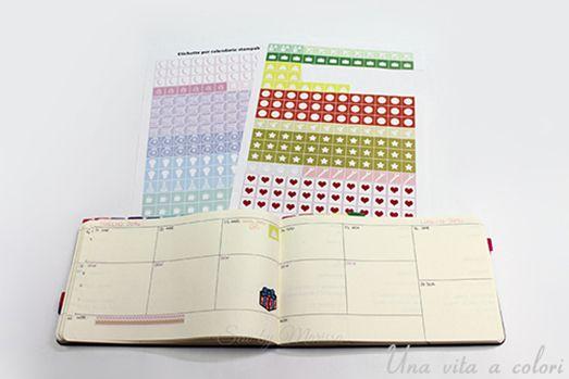 Adesivi per agenda, calendario o planner stampabili gratis. Realizzati per decorare l'agenda e per ricordare date o impegni importanti.
