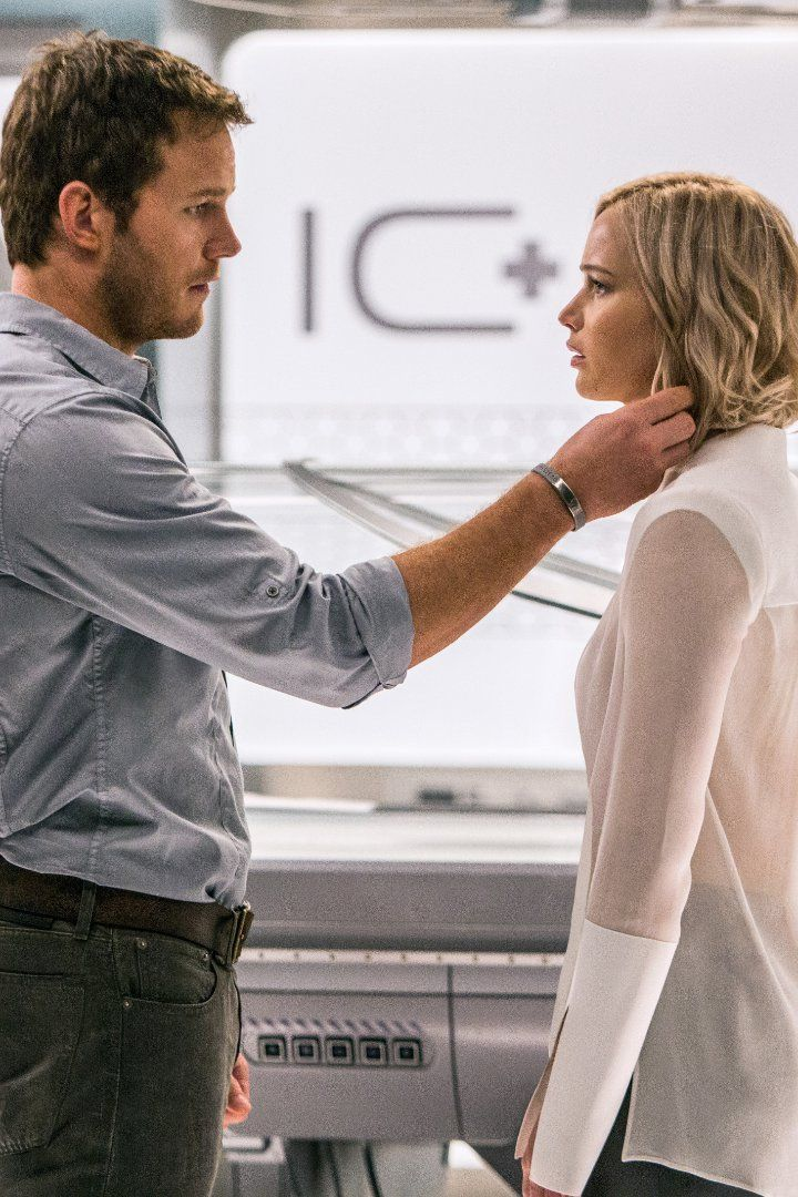 Chris Pratt and Jennifer Lawrence's Chemistry Is Out of This World in the Passengers Trailer