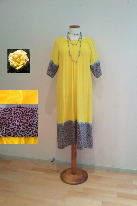 Yellow tunic dress, silver-grey leopard in dress and sleeves, green decorative ribbons, silver buttons, jersey stretch, onesize S/M/L 34-44 (EU).