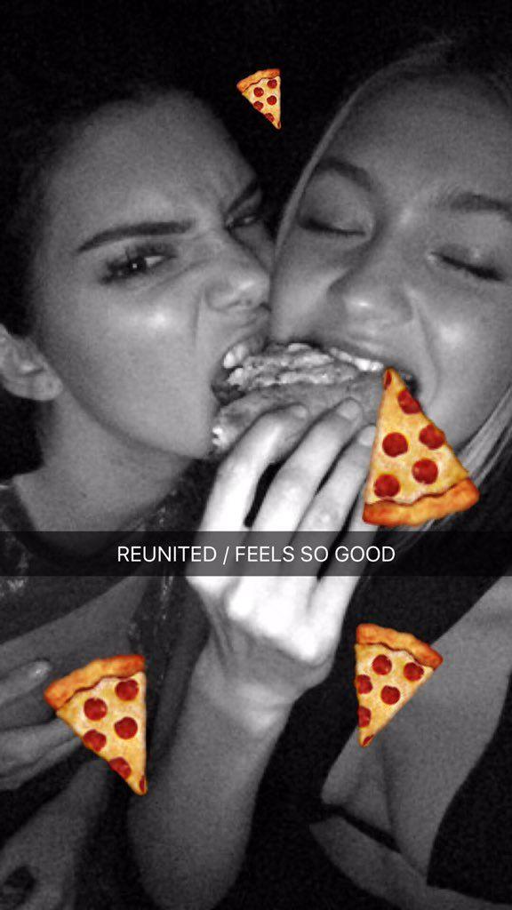 Kendall Jenner w/ Gigi Hadid. Pizza Night