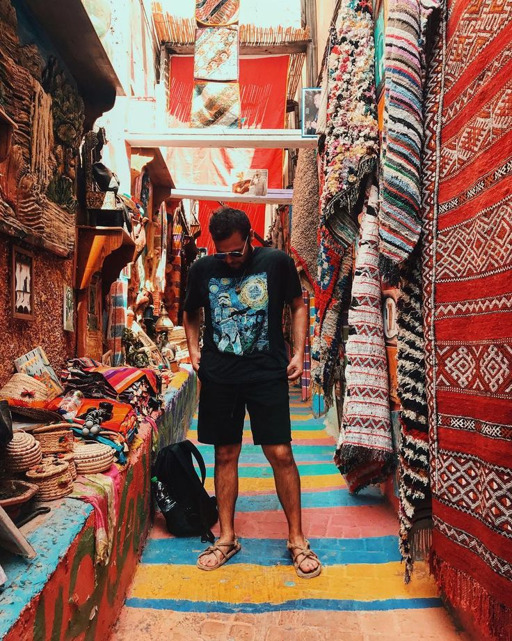 🌍Vegan Around The World - link in profile🌍  It's amazing being in Morocco. Everything is so vibrant and beautiful. As I walk through the streets I see so many beautiful handmade items, fruit stands and I look around and I see all of the hand-carved items and handcrafted decor and architecture. It just reminds me that we have to work on ourselves and carve out our own self image of who we want to be.  For more information on where I've been and visited check out my YouTube channel - The Raw…