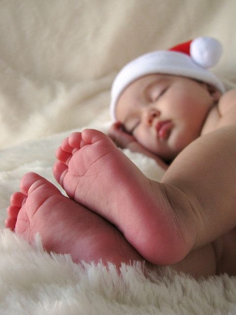 feet!| http://my-lovely-new-born-photos.blogspot.com