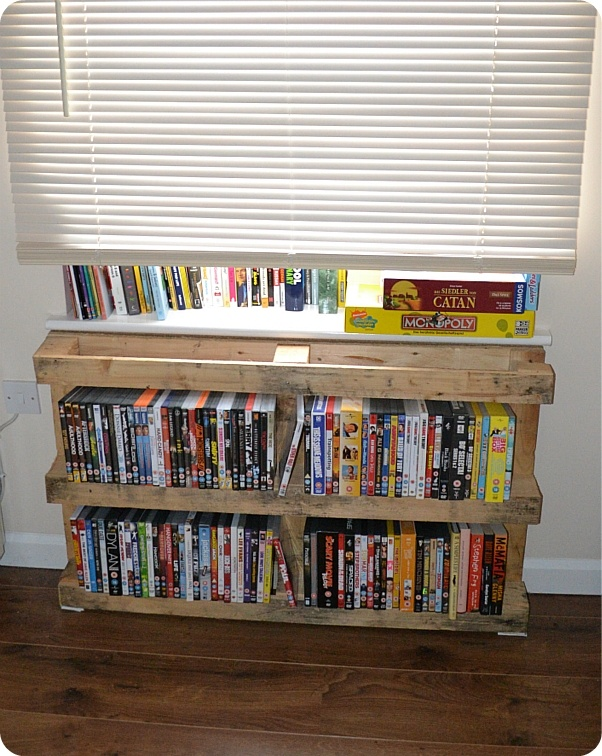 Best 25+ Dvd rack ideas on Pinterest | Cd art, Cd stand ...