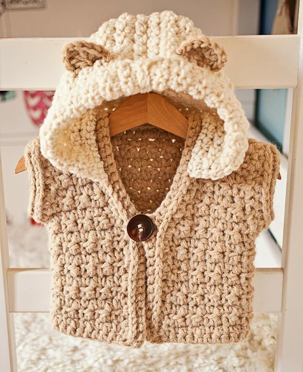 Crocheting : Super Bulky Hooded Vest, crochet pattern by Mon Petit Violon, sizes baby, toddler, child