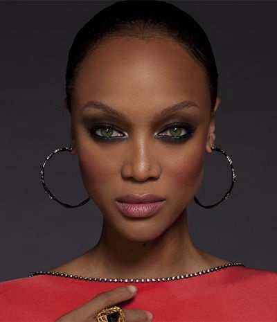 Tyra's blog. I love Trya Banks - was a bit of an ANTM & Tyra Banks Show addict when I lived at home with my parents sky TV, at uni I just keep upto date via Twitter and Tyra's own blog. She's brilliant - just graduated from Harvard, doesn't succumb to pressures to be skinny and is 100% successful in her own right.