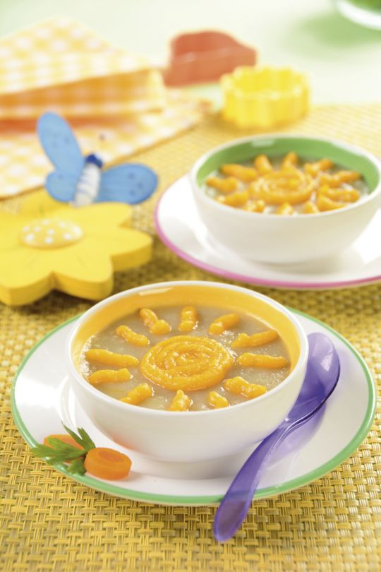 Twoje dziecko pokocha zupę jarzynową ze słoneczkiem. Jest smaczna i zdrowa, a marchewkowe słoneczko ucieszy każdego malucha