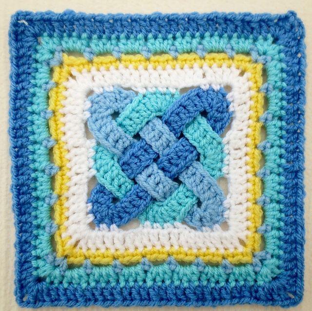 "celtic knot crochet | Celtic Knot – 8"" – Color Inspiration Muggins Magic Hang-Out"