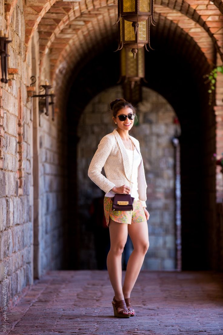 what to wear to a vineyard in Napa Valley during the spring