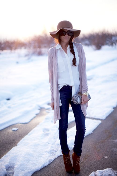 Rachel Parcell, style blogger of The Pink Peonies, wearing a Leifsdottir sweater, Joe fresh top, J. Brand pants, Tailor & Stylist booties, Uniqlo hat, Prada sunnies, Hobo clutch, Michael Kors watch, and rings from J.Crew, Gorjana and Stell and Dot.