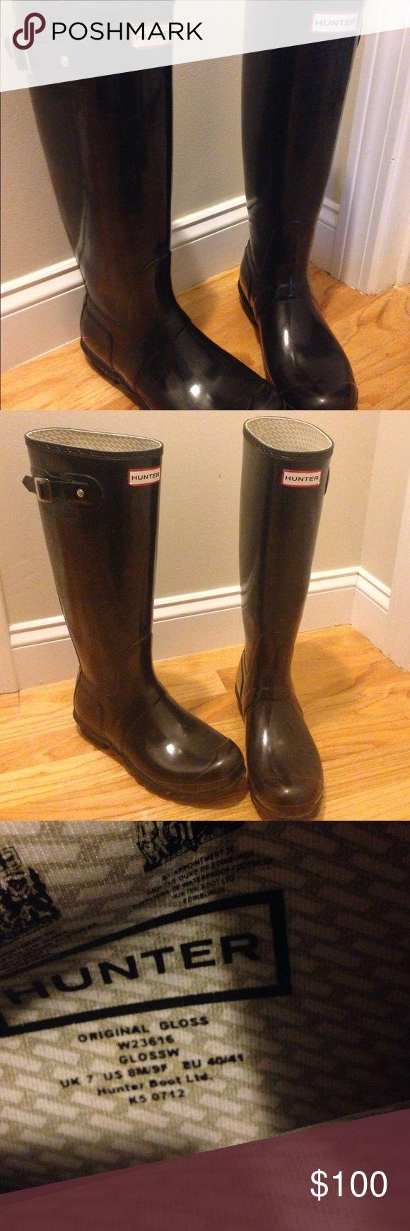 Women's Hunter Boots Women's Hunter Boots. Black original gloss. Size 8m/9f Hunter Boots Shoes Winter & Rain Boots