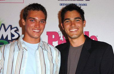 Tanner Hoechlin and Tyler Hoechlin