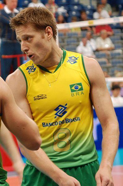 Murilo Endres, no dia 25 de julho de 2010, após o Brasil conseguir o nono campeonato da Liga Mundial de Volei,  foi indicado como o melhor jogador em quadra, sendo  decisivo dentro de quadra em vários jogos