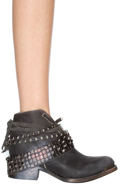 Steve Madden Freebird by Steven Mezcal Low Ankle Bootie in Black
